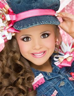 You can see here the best result of your Little Pageant Hairstyles for Girls. The little pageant is a beauty of contest. Glitz Pageant, Pageant Makeup, Pageant Girls, Beauty Pageant, Pageant Wear, Kids Girls, Cute Girls, Girls Hats, Pagent Hair