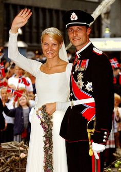 Crowne Prince Haakon of Norway married single mother and former waitress, Mette-Marit Tjessem Hoiby on Aug. 25, 2001.