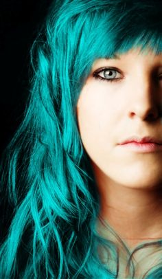 teal hair..maybe some streaks or the tips.. i can see this happening... mhmm.