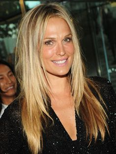 Love Molly Sims' dirty golden blonde long hair. Hmmm, extensions calling?
