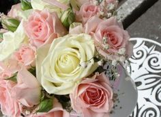 Wonderful Roses Bouquet Wallpapers
