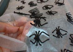 Chocolate Spider Invasion~A Halloween Blog Tutorial!   MyCakeSchool Blog