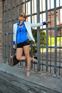 A Blazer with Shorts (FASHION TIP #42) Click Here for more pictures of this - - -> http://www.indiansavage.com/a-blazer-with-shorts/ IMAGE:+google