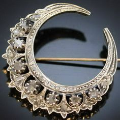 Art Nouveau Moon Maybe redo/updo my plain boring moon tattoo? Art Nouveau, Art Deco, Nouveau Tattoo, Victorian Jewelry, Antique Jewelry, Vintage Jewelry, Vintage Brooches, Moon Jewelry, Fine Jewelry