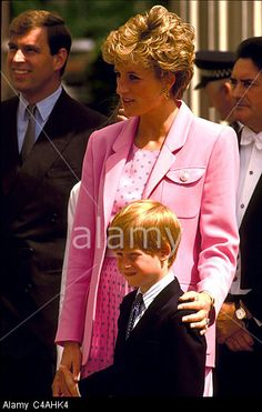 PRINCE ANDREW, PRINCESS DIANA AND PRINCE HARRY. - 1992 Stock Photo