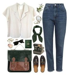 A fashion look from February 2017 featuring agnès b. blouses, Topshop jeans and Gucci shoes. Browse and shop related looks. Look Fashion, Fashion Outfits, Fashion Trends, 90s Fashion, Winter Fashion, Girl Fashion, Mode Style, Style Me, Trendy Style