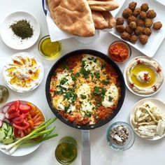 Comida Israeli, Israeli Food, Iftar, Molokhia Recipe, Palestine Food, New Recipes, Healthy Recipes, Arab Food Recipes, Shakshuka Recipes