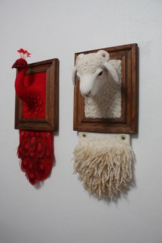 Needle Felting by Zoe Williams. Really interesting needle felting. Needle Felted Animals, Felt Animals, Wet Felting, Needle Felting, Felt Pictures, Framed Pictures, Faux Taxidermy, Crochet Taxidermy, Animal Heads