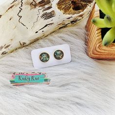 Gray & Gold Flake Earrings – Ruby Rue Jewelry & Accessories Glass Earrings, Flakes, Jewelry Accessories, Turquoise, Gray, Handmade, Amp, Pretty, Products