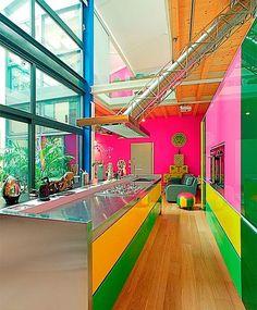 Loft colorista de la diseñadora Anna Gilli: cocina