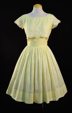 Vintage 1950s Topsey Originals YELLOW Cotton Embroidered Eyelet Sun Dress with FULL SKIRT