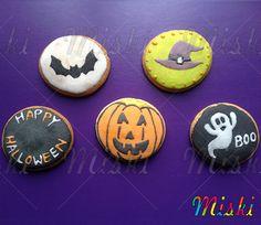 Galletas para una fiesta el día de las brujas #octubre #murcielago  #halloween #pumpkingcookies #bat #halloweencookies Cookies, Halloween, Decor, Witches, October, Party, Biscuits, Decoration, Decorating