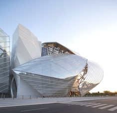 Louis Vuitton Foundation for Creation, Paris, Franck Gehry http://clementineetchocolat.com/fondation-louis-vuitton/