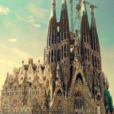 Tout to Europe Awesome Spots in Spain - Tour To Europe #TouristDest TouristDest.com