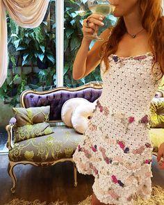 New Year's Dress - Bellini bordado com flores de seda tom sobre tom❤ #vanessamontorostyle