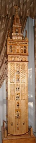 Giralda of Seville, history, sketchup model and scroll saw fretwork pattern.