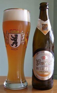 Cerveja Grolsch Premium Weizen, estilo German Weizen, produzida por Grolsch, Holanda. 5.3% ABV de álcool.