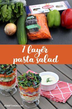7 layer pasta salad Broccoli Grape Salad, Broccoli Slaw, Tuna Salad Pasta, Trifle Dish, Recipe For Mom, Dressing Recipe, Side Dishes Easy, Light Recipes, Serving Dishes