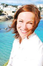 Annerose Schwarzenbacher - Geschäftsführerin von easyFinca mit jahrelanger Erfahrung im Reise- und Eventmanagement.