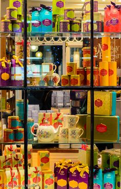 Covent Garden shop window by Theunis Viljoen, via Flickr