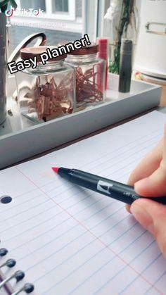 Creating A Bullet Journal, Bullet Journal Banner, Bullet Journal Lettering Ideas, Bullet Journal Notebook, Bullet Journal Aesthetic, Bullet Journal School, Bullet Journal Ideas Pages, Bullet Journal Inspiration, Book Journal