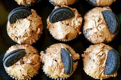 chocolate peanut butter oreo vegan cupcakes  | The Baking Bird #vegan #cupcake #recipe