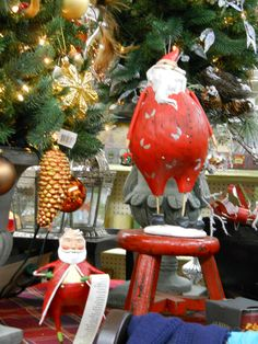A little more Santa style from http://www.webstersfinestationers.com....