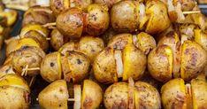 Jednoduché zemiakové špízy, po ktorých sa len tak zapráši. Home Food, Barbecue, Vegetarian Recipes, Chicken Recipes, Grilling, Potatoes, Vegetables, Party, Cuba