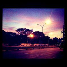 Avenida Doutor Arnaldo às 7 da manhã.