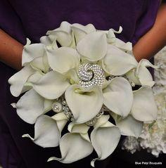 Custom Calla Lily Bouquet  you can still add some broochiness to it @Melanie Bauer Bauer Bauer Davis