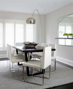 Tables pieds de table and acier on pinterest for Lampe au dessus d une table
