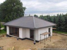 blog budowlany - mojabudowa.pl Architectural House Plans, Simple House Design, Bungalow House Design, 3 Bedroom House, Outdoor Entertaining, Home Fashion, My House, Building A House, Gazebo