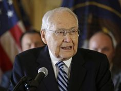 Thoughts and stories, by Pal and Wayne: EXTRA!  Article about Elder L. Tom Perry, in our l...