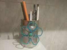 Tin pencil holder ♥ Pencil Holder, Tin, Upcycle, Vacuums, Home Appliances, Projects, Tin Metal, House Appliances, Vacuum Cleaners