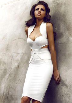 Bombshell in white - via SHE LOVES FASHION