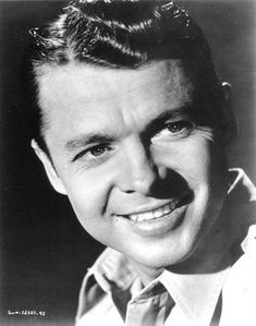 A portrait photo of Audie Murphy