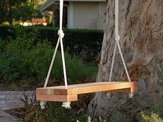 Build your own swing. Do It Yourself Experts and How To Tips - DIY Life Outdoor Spaces, Outdoor Living, Outdoor Decor, Woodworking Patterns, Garden Inspiration, Garden Ideas, Build Your Own, Diy Videos, Porch Swing