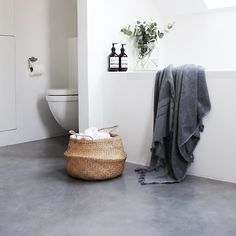 Beautiful Grey resin floor. Perfect for bathroom.