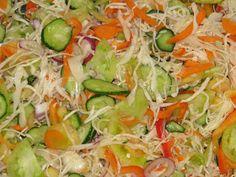 nincs sok mondanivaló... csak imádom ezeket a színeket.... recept klasszikus.... azért az egyik kép alatt /felett megtalálod...:D     egysze... Healthy Salads, Healthy Eating, Healthy Recipes, Canning Recipes, Salad Recipes, Czech Recipes, Fermented Foods, Food To Make, Food And Drink