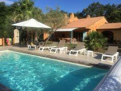 Porto-Vecchio, Villa de vacances avec 4 chambres pour 8 personnes. Réservez la location 6068738 avec Abritel. Villa pleine nature au calme sans vis à vis avec piscine chauffée et parc arboré  1300e pour 8