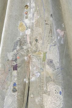 beautiful stitch work on fabric fiber art textile designer Textile Texture, Textile Fiber Art, Textile Artists, Embroidery Art, Embroidery Stitches, Creative Embroidery, Art Fibres Textiles, Contemporary Embroidery, Fabric Art
