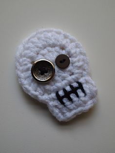 crochet sugar skull applique by Heather Jarmusz | Ravelry free pattern
