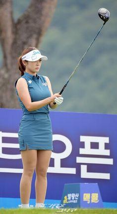 Sexy Golf, Golf Outfit, Ladies Golf, Athlete, Korean, Cosplay, Running, Sports, Female Golfers