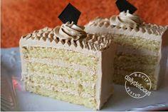 dailydelicious: Gâteau Moka – Pâtisserie Style Coffee Buttercream Cake