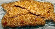 Το Παστέλι είναι Ελληνικό παραδοσιακό προϊόν με βάση το σουσάμι και το μέλι. Είναι γλύκισμα τονωτικό, πλούσιο σε βιταμίνη Ε, ασβέστιο, φώσφορο, κάλιο, μαγν
