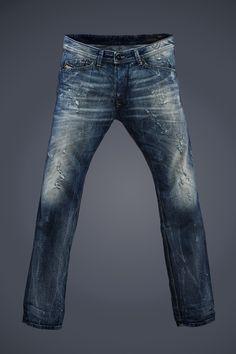 ❤️ Best fitting pair of jeans I've ever owned! Denim Pants, Blue Jeans, Men's Jeans, Trousers, Casual Jeans, Jeans Style, Rocker Look, Raw Denim, Denim Men