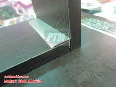 Nẹp kết thúc sàn gỗ chữ l, nẹp kết thúc sàn - Nguyên liệu: Hợp kim nhôm, sơn tĩnh điện. - Ứng dụng: Để nẹp kết thúc sàn gỗ, sàn nhựa, nẹp chân tường, trang trí vị trí tiếp giáp giữa sàn và tường trong trang trí nội thất. Hotline: 0964.888.000