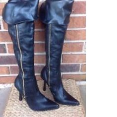 STEVE MADDEN HIPPEE BLACK GOLD ZIP OVER THE KNEE BOOTS sz 8, NEW *FREE SHIPPING! - $55