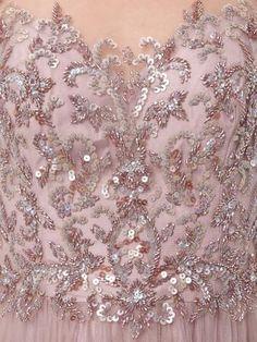 LUXUAR Abendkleid mit Zierperlen- und Paillettenbesatz in Altrosa | FASHION ID Online Shop