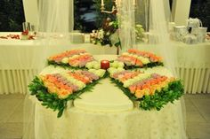 Le torte per il tuo ROYAL WEDDING    WEDDING PLANNER www.buccellaassociati.it  LOCATION www.hotelroyalpaestum.it  BLOG www.amatelier.com